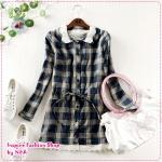 เสื้อแขนยาวแฟชั่นลายตารางประดับโครเช่ต์ที่ปกเสื้อสีน้ำเงิน 2012 spring new Korean version of the lace stitching women's line with a long paragraph long-sleeved plaid shirt