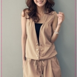 [Preorder] จั๊มสูทแฟชั่นขาสั้นสีกากี (ไม่มีเสื้อตัวในสีดำ) Korean version of women's spring and summer the newly installed double-breasted sleeveless drawstring waist piece shorts