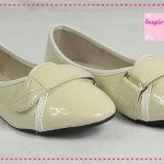 [Preorder] รองเท้าส้นเตี้ยคลุมส้นสีเบจ (กันน้ำ) new 2012 casual comfort shoes round with flat shoes