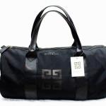 พร้อมส่งทันทีนะคะ กระเป๋าเดินทาง Givenchy สีดำ ดูดีแบบขรึมและเรียบง่ายจ้า