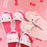 Hello Kitty รองเท้าใส่เดินในบ้าน / นอกบ้าน มีให้เลือก 3 สีค่ะ