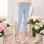 [Preorder] กางเกงขายาวแฟชั่นเข้ารูป ประดับลายปักดอกไม้เก๋ๆ แบรนด์ YOCO สีฟ้า Decorated with crocheted lace nine narrow pants