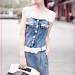 เดรสยีนส์แขนกุดลูกไม้พร้อมเข็มขัด Spring and summer of 2012 the Korean version of the new Women lace Slim thin denim dress with belt