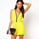 [Preorder] จั๊มสูทแฟชั่นแขนกุดคอวี สีเหลืองมะนาว (ไซส์ XS S M L XL XXL)Lemon yellow sleeveless deep V-piece leather inlay side back zipper shorts leotard haoduoyi