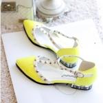 [Preorder] รองเท้าแฟชั่นส้นเตี้ยหัวแหลม สีเลมอน singles shoes summer new Korean Slim rivet perspective pointed horseshoe mosaic crystal sandals
