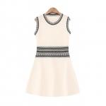 [Preorder] เดรสแฟชั่นแขนกุดสไตล์ยุโรป สีชมพู European Grand Prix 2015 winter new women's retro ethnic wind Slim thin knit dress dress vest, skirt