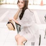 ♥♥ พรีออเดอร์ ♥♥ ชุดเดรสแฟชั่นน่ารักๆ โทนสีขาวแต่งลายตรงช่วงแขน สวยหรู อินเทรนด์มากๆ ค่ะ