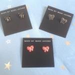 พร้อมส่งค่ะ น่ารักมากๆ Marc by Marc Jacobs enamel bow stud earrings