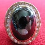 สินค้าจองค่ะ แหวนพลอยมณีใต้น้ำ(เพชรพญานาค)สีดำเนื้อทองขาวล้อมเพชร(ทุกราศี)ค่ะ