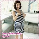 เดรสคลุมท้องลายขวางสีขาวดำ + เสื้อคลุมตัวนอกสีขาว Korean Maternity summer the Navy stripe base vest, skirt + round neck short sleeve T-shirt suits and elegant fresh