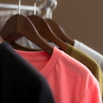 :: วิธีการดูแลรักษาเสื้อยืดสกรีน และวิธีการซักและทำความสะอาดเสื้อยืด ::