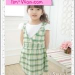 size 7>> เดรสสาวน้อย เป็นแบบมีเสื้อด้านใน เอี๊ยมลายสก๊อตสีเขียวค่ะ (เช็ครายละเอียด Size ที่หน้าแรกค่ะ)