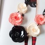 สร้อยคอแฟชั่น ลายดอกไม้สีดำชมพู