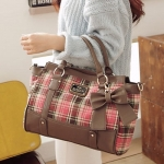 [Preorder] กระเป๋าสะพายข้างลายตารางประดับโบว์เก๋ๆ สีชมพู Beauty new wave of female bag sweet plaid bow handbag female bag Post