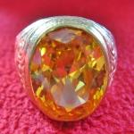 สินค้าหมดค่ะ แหวนพลอยบุษราคัมเนื้อทองเหลืองแบบใหญ่(เหมาะกับราศีพิจิก,คนเกิดปีวอก)แบบใหญ่ค่ะ
