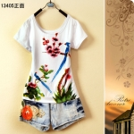 [Preorder] เสื้อยืดแฟชั่นแขนสั้นสกรีนลายนกสีฟ้า Women students every day special printing adolescent girls summer 2013 summer Korean version of the cute flowers T-shirt