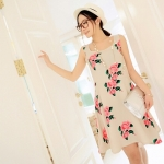 [Preorder] เดรสแฟชั่นแขนกุด retro กระโปรงบานลายดอกไม้ สีครีม 2013 summer new Korean version of women colored flowers sleeveless dress vest dress