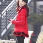 เสื้อกันหนาวเสื้อโค้ท ผ้าร่มสีแดงแต่งชายเสื้อสุดน่ารัก