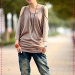 เสื้อแขนยาวแฟชั่นเปิดไหล่สีน้ำตาล 2012 new Korean version of the relaxed version of women's summer round neck short-sleeved T-shirt bat sleeve T good quality