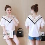 [Preorder] เสื้อแฟชั่นแขนสามส่วน ฉลุลายเก๋ๆ สีขาว (ไซส์ S M L XL) 2016 Korean version of the new V-neck fifth sleeve loose sweet flower petal chiffon shirt blouses Puff