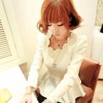 [Preorder] เสื้อแขนยาวแฟชั่นสไตล์ retro เอวเข้ารูป สีขาว 2013 new retro ceramic white embossing series of wavy collar skirt waist coat