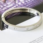 กำไล Cartier 14k White Gold Love เพชร 4 เม็ด