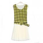 [Preorder] เดรสแฟชั่นแขนกุดลายตารางมาพร้อมเข็มขัดเก่ๆ สีเหลือง 2013 new Korean version of sweet chiffon pleated hem stitching simple plaid dress with belt