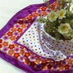 ผ้าพันคอ ผ้าคาดผมเนื้อไหมญี่ปุ่น : ลายจุดขอบดอกไม้สีม่วง