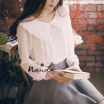 [Preorder] เสื้อแฟชั่นแขนยาวสไตล์ Nanda แบรนด์ Milkcocoa สีขาว 2013 Four Seasons paragraph Korean sweet princess milkcocoa large decorative wood ear chiffon collar shirt bottoming