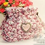[Preorder] กระเป๋าใบเล็ก สกรีนลายแมวเหมียคิตตี้พร้อมดอกไม้เล็กๆ หวาน สีแดง Hello Kitty purse coin bag admission package cute cartoon wallet can hand carry