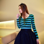 [Preorder] เสื้อแฟชั่นแขนยาวลายขวาง สำหรับสาวไซส์เล็ก สีเขียว 2014 spring new Korean fashion color stripes Slim long-sleeved t-shirt