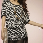 เดรสคอกลมลายเสือดาว Leopard fashion classic round neck bat sleeve wild shirt