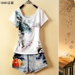 [Preorder] เสื้อยืดแฟชั่นแขนสั้นสกรีนลายใบไม้ 2013 summer new Korean version of women's fashion loose short-sleeved T-shirt national flower girl cute tops