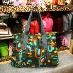 กระเป๋าสะพาย Roxy ใบใหญ่ ของแท้ คุ้มมากๆค่ะ