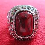สินค้าหมดค่ะ แหวนหินปะการังสีแดง โรเดียมสีเงิน(คุ้มครอง)แบบ1ค่ะ