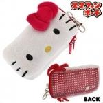Hello Kitty iPhone 4/4s case จาก BANDAI