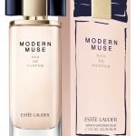 (ของแท้เคาเตอร์ไทย)Estee Lauder MODERN MUSE EAU DE PARFUM 50 มล. ด้วยกลิ่นหอมที่ช่วยเติมทุกส่วนในชีวิตที่ไม่หยุดนิ่งของเธอให้สมบูรณ์ผสานความหอมแนวฟลอรัลวู้ดดี้ที่แฝงเสน่ห์เย้ายวน. บ่งบอกความมั่นใจ มีสไตล์ และมุมมองของสาวสมัยใหม่ที่สนุกกับชีวิต
