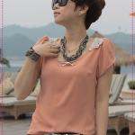 [Preorder] เสื้อแฟชั่นแขนสั้นด้านหลังฉลุลายสีชมพู 2012 summer new back hollow lace chiffon shirt