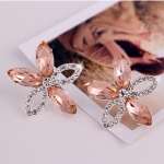 [Preorder] ต่างหูดอกไม้ สีแชมเปญ Lovely crystal earrings Korea five leaves and flowers no pierced ear clip earrings fashion earrings female exaggerated