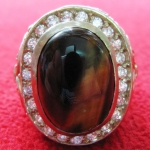 สินค้าหมดค่ะ แหวนพลอยตาเสือเนื้อทองขาวล้อมเพชร(คุ้มครอง)ค่ะ