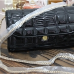 (Pre-order ก.ย. 57) Givenchy glossy chain bag chicมากๆ