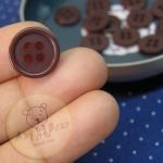 กระดุมขนาดเส้นผ่านศูนย์กลาง 14 mm. - dark chocolate