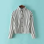 [Preorder] เสื้อเชิ๊ตแฟชั่นแขนยาวเอวลอยลายทาง สีขาว (ไซส์ M L) Spring 2015 Korean version of fashion casual short paragraph lapel bat sleeve vertical striped shirt blouse small shirt