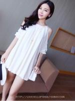 เดรสแฟชั่นเกาหลีน่ารัก วัยใส เปิดไหล่ สีขาว ใส่วันสบายๆ