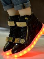 รองเท้าผ้าใบเรืองแสงแฟชั่น