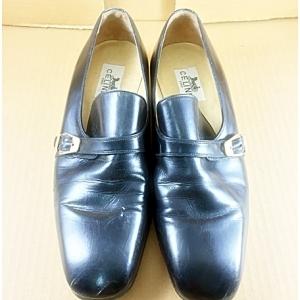 รองเท้าคัทชูหนัง Celine Paris มือสอง
