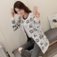 เสื้อกันหนาวแฟชั่นเกาหลี ลายคริสมาสต์ โทนขาวดำ เนื้อผ้าหนา นิ่ม ใส่สบายคะ thumbnail 1