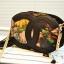 กระเป๋าสะพายแฟชั่นใบเล็กลายดอกไม้โทนสีดำ thumbnail 1
