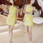 mini dress สีเหลืองแขนกุด ปักลายดอกไม้สีเหลือง thumbnail 2