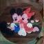 ลาย Mickey Mouse 3 รุ่นไม่มีพนักพิง โต๊ะ ขนาด 18*20 นิ้ว จำนวน 1 ตัว เก้าอี้ ขนาด 10*10 นิ้ว จำนวน 4 ตัว ผลิตจากไม้จามจุรีแท้ ไม่ใช่ไม้อัด รับน้ำหนักได้ถึง 70 กก. thumbnail 2